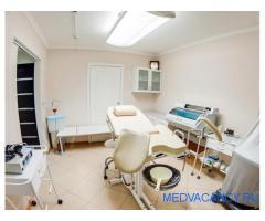 Медицинский центр с аптекой в Приморском районе